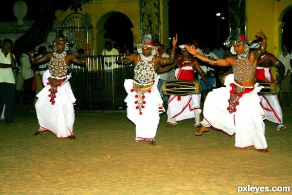 Traditional Sri Lankans