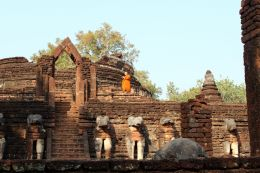 Ruined temple at Kamphaeng Phet, Thailand  Entry number 109978