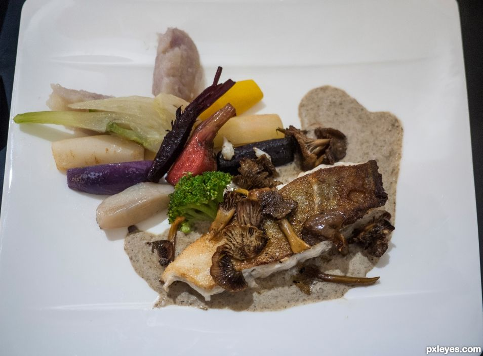 Cod fillet, chanterelles and small vegetables