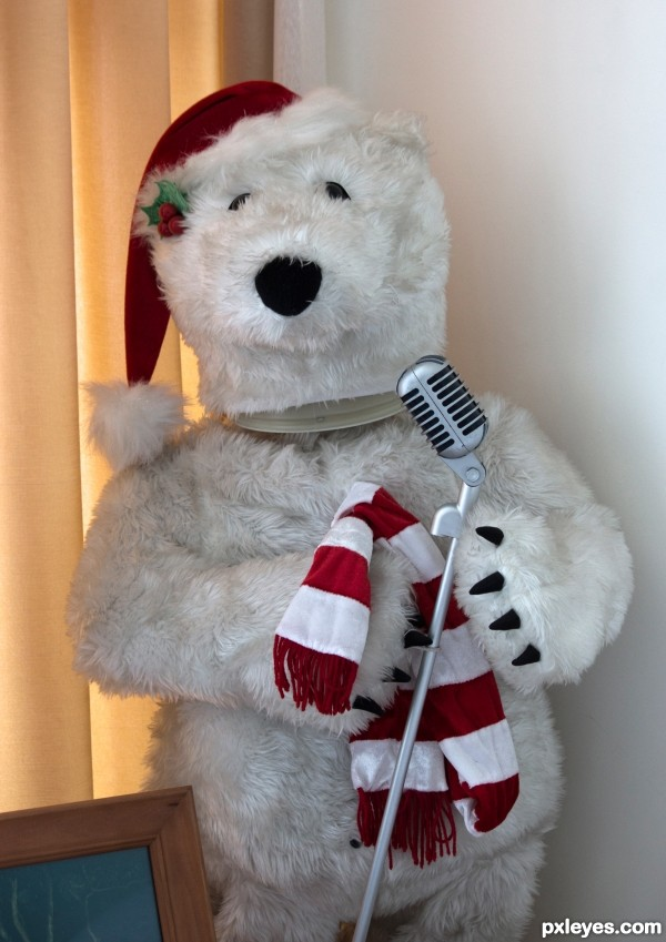 Singing Christmas bear