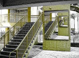 Mustard Stairs