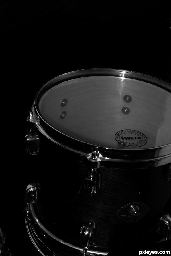 drum b&w