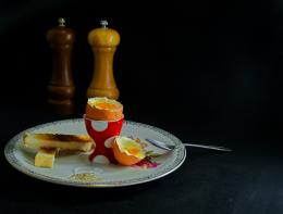 EggsnSoldiers