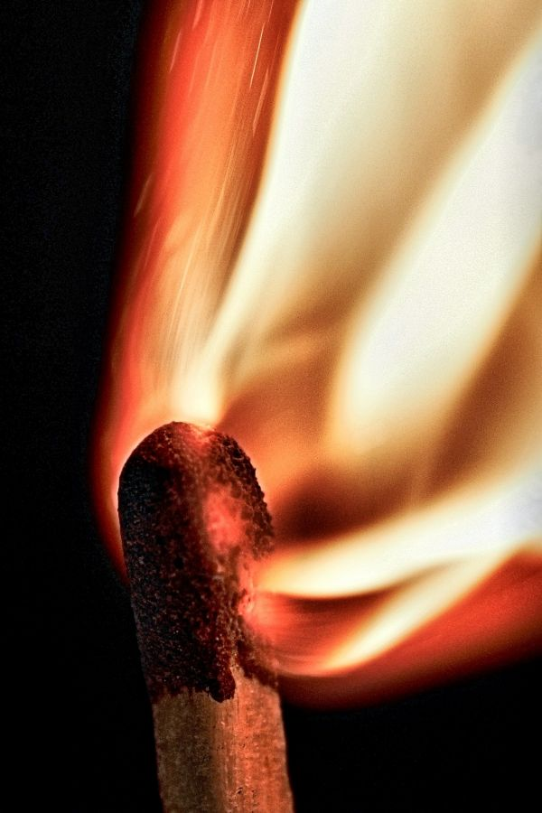burning sensation photoshop picture