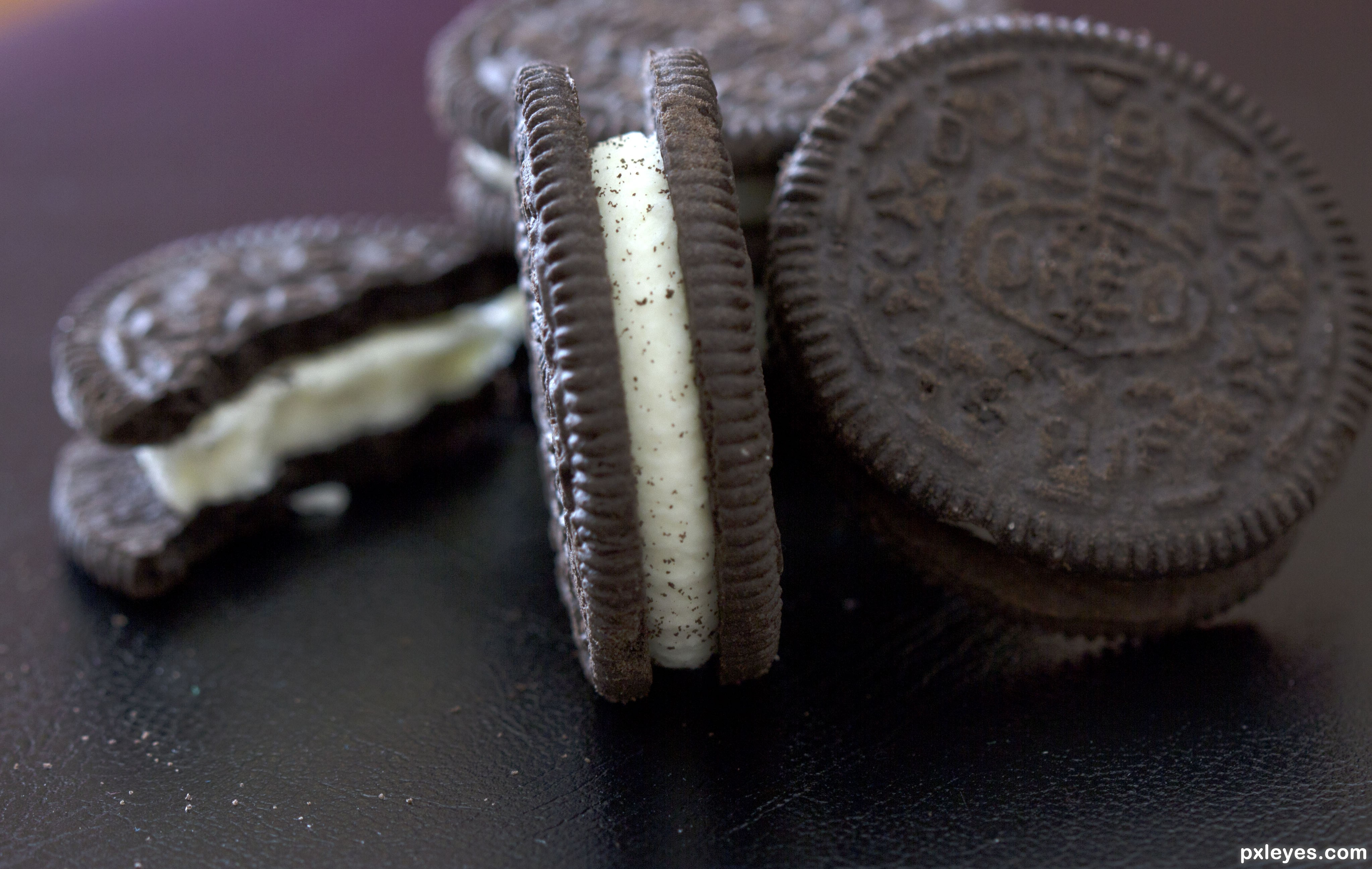 oreos five senses This complete descriptive writing packet gives you 3-4 days of quality writing instruction your students will practice using their 5 senses to describe an oreo cookie.
