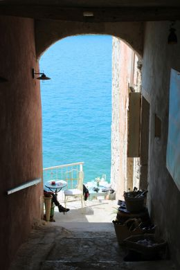 A glimpse of a foot, Rovinj, Croatia