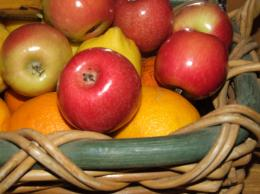 basket & fruit