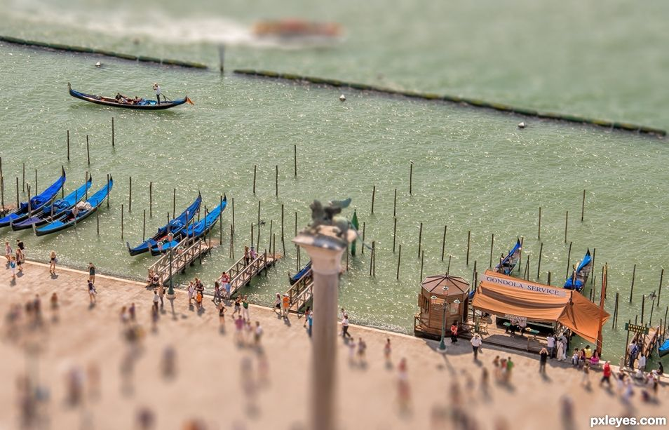 Gondolas (tilted)