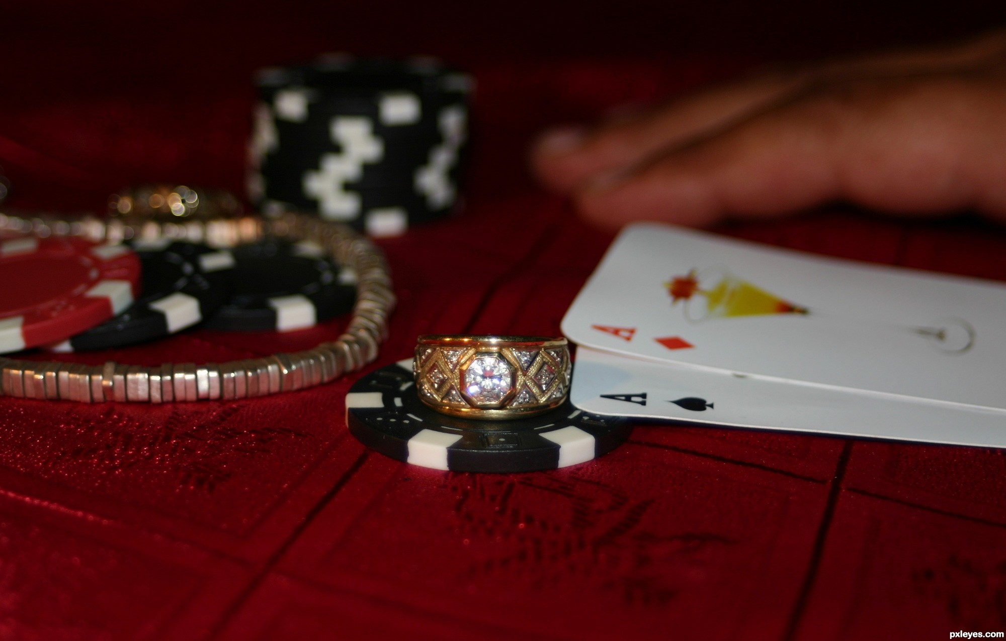 find local poker game:
