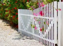 Flowered gate