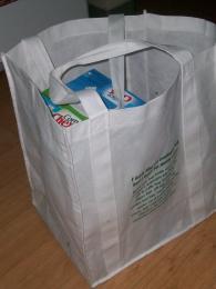 reusable bags= clean planet