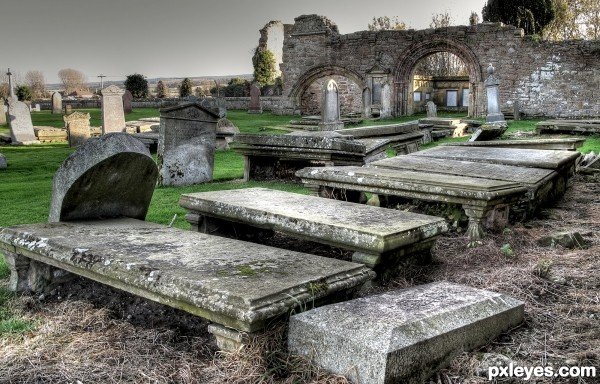 Kinloss Graveyard