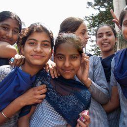 YounggirlsinPinjoregardensIndia
