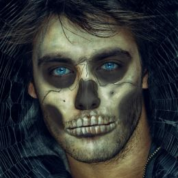 Skull face Picture