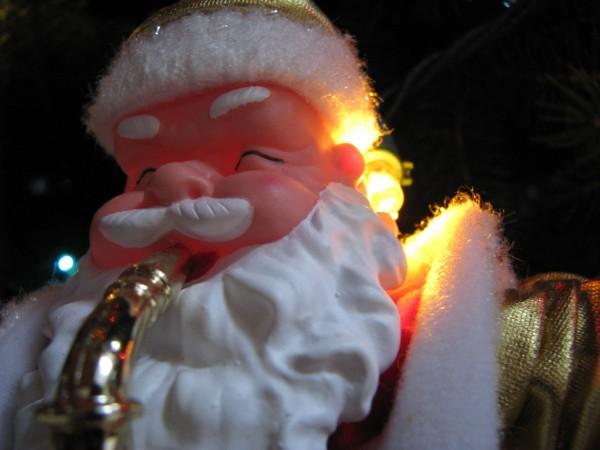Santa Claus Plays Sax