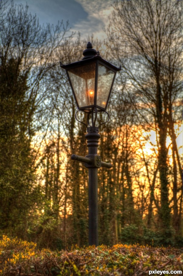 Lonely Village Lamp