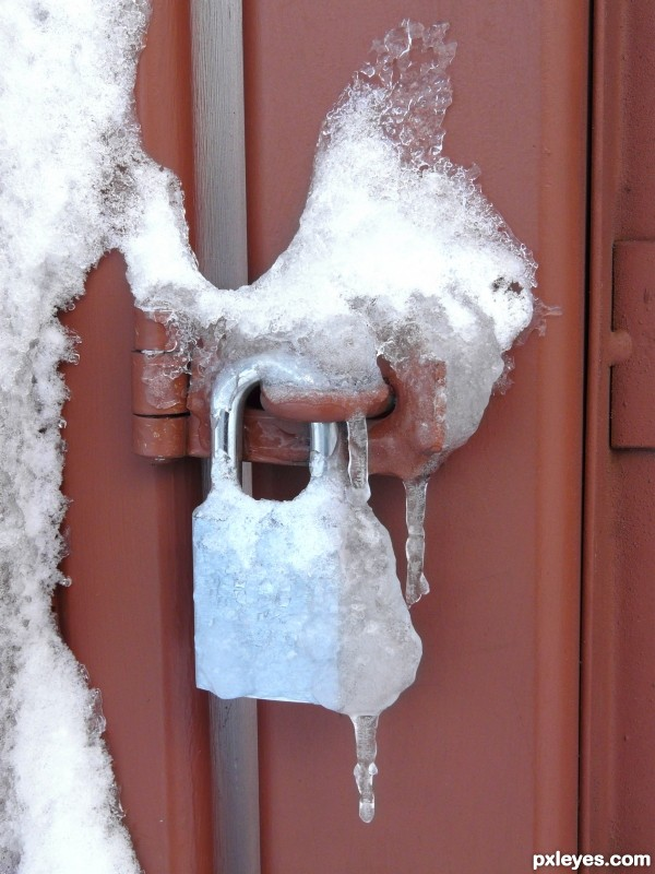 icy padlock
