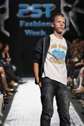 PST Fashion week