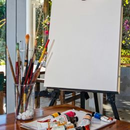 A blank canvas Picture
