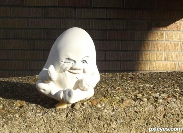 Humpty Dumpty sat on a wall.