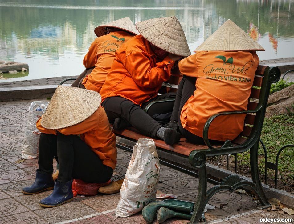 4 Hats in Hanoi