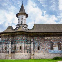 MonasterychurchGuraHumorului