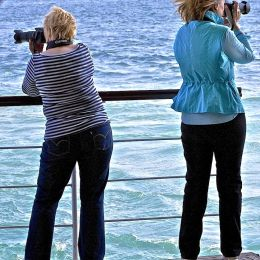 photographerswithoppositeviews