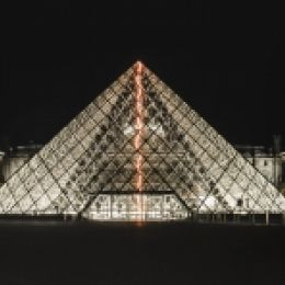 Louvre by night Picture