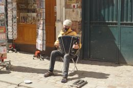 The Montmartre singer