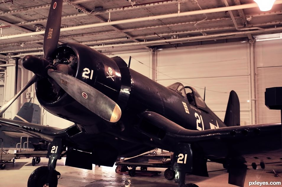 F4U Corsair - Whistling Death