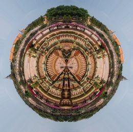Temple planet