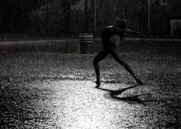 dancing in the rain Picture