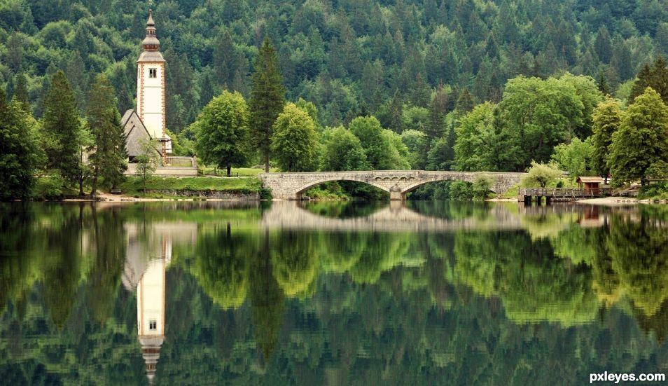 Slovenian mirror