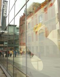 ReflectionsontheHighStreet