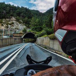 Lightatthemouthofthetunnel