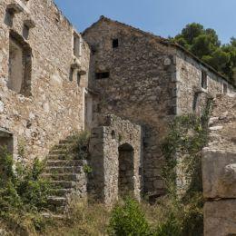 DesertedvillageinCroatia