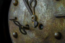Rusty Metal clock