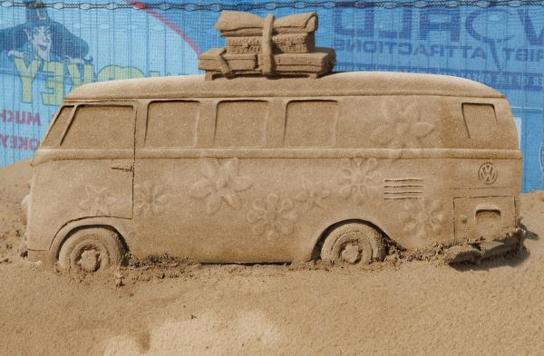 sand bus photoshop picture
