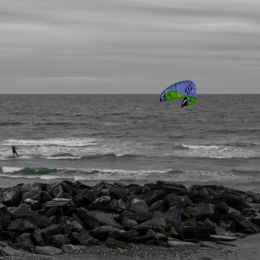 kite surfer Picture