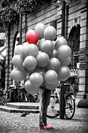 99thredballoon