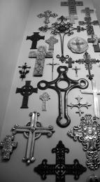 ManyaCrucifix