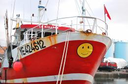 SmilingBoat