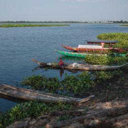 Mekongcanoes