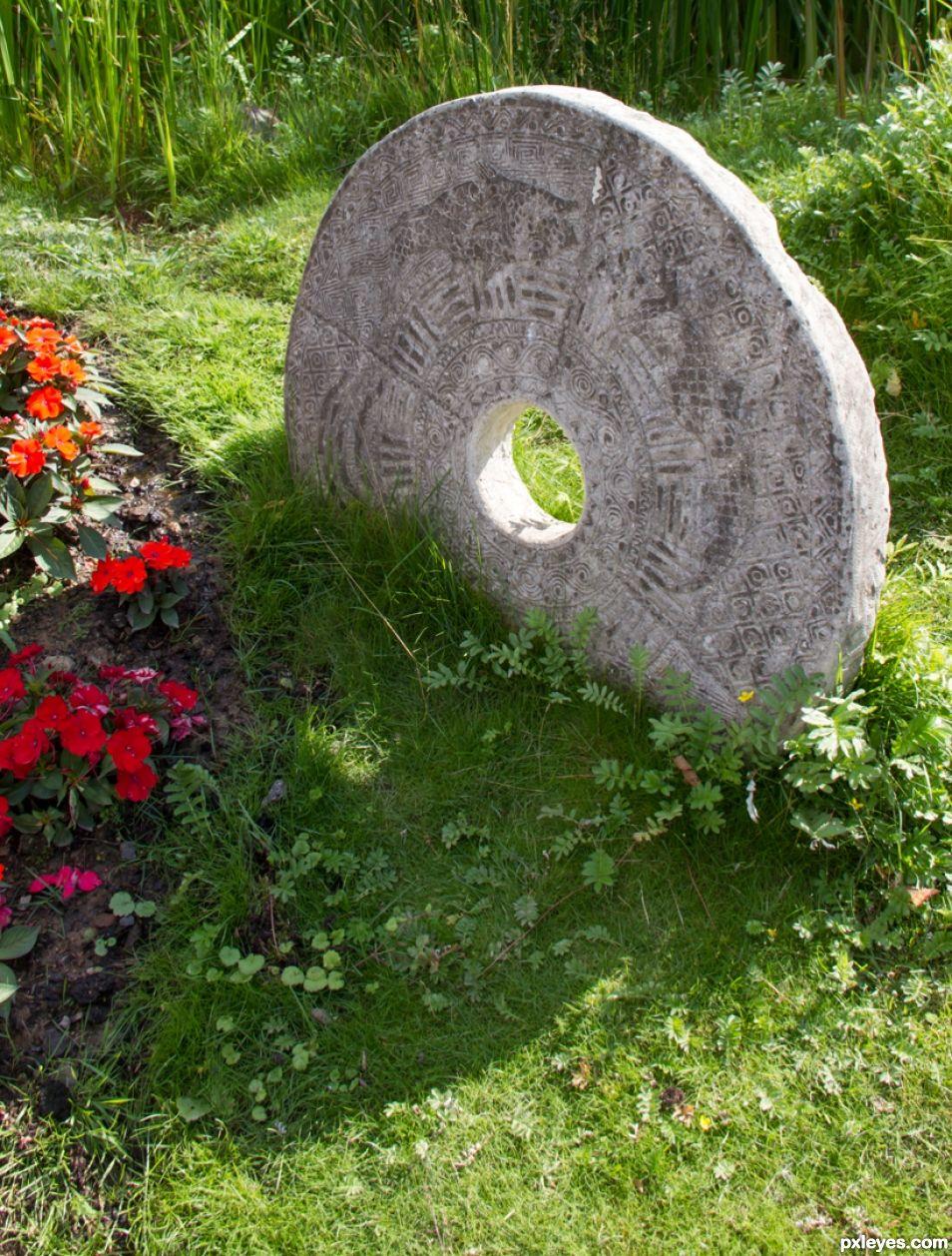 Ornemental millstone