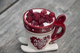 yoghurt and raspberries....