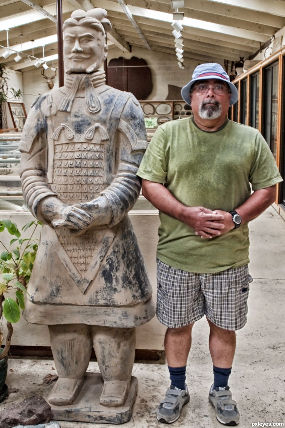 Chinese statue with tourist