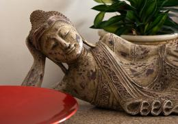 lyingbuddha
