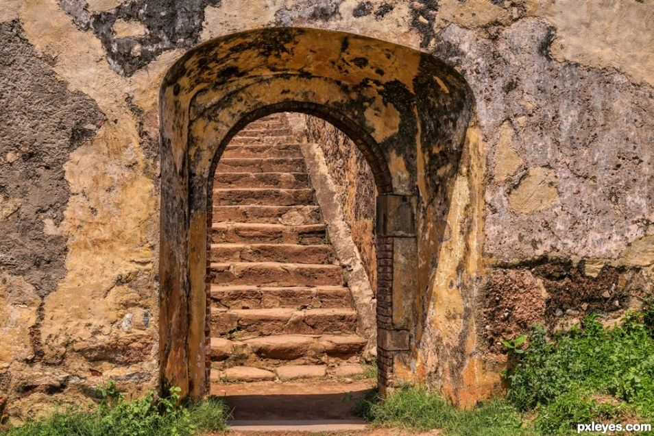 Stone Steps, Stone Wall