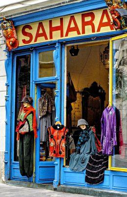 Retro Clothes Shop