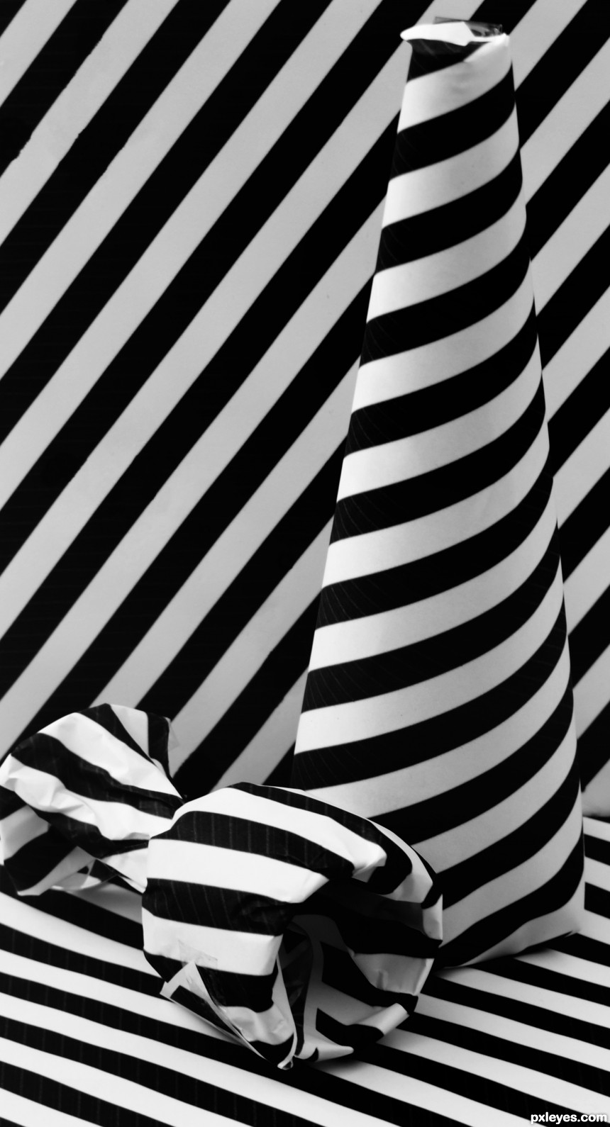 black and white stripes photoshop picture)